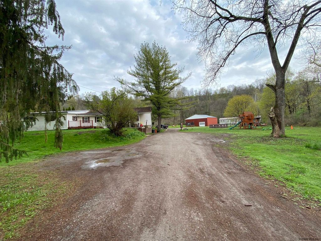 168 State Route 80, Fort Plain, NY 13339