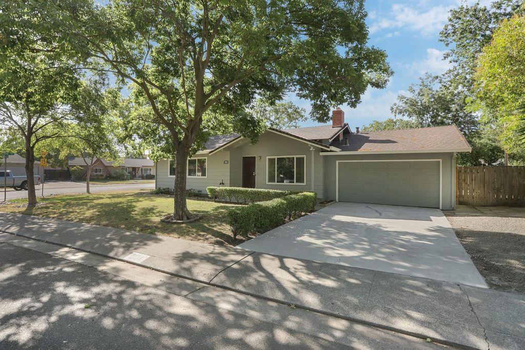 604 Brent Ave, Stockton, CA 95207