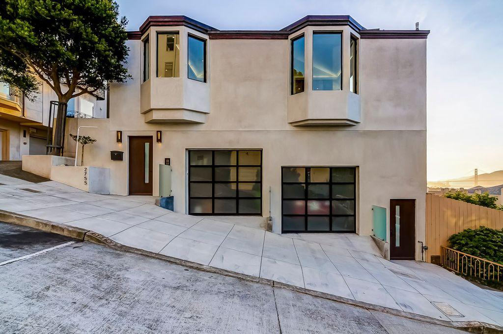 2755 Fillmore St, San Francisco, CA 94123
