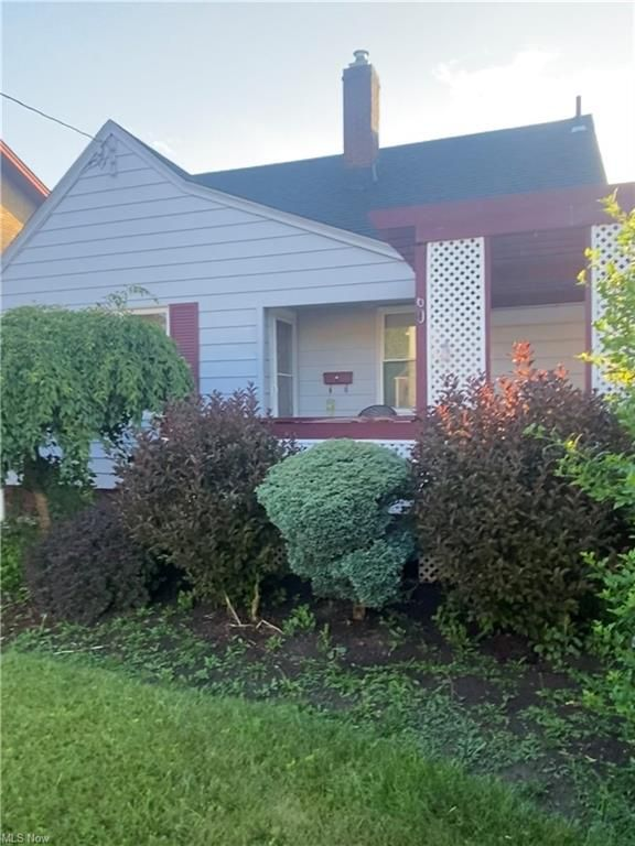 60 W Heights Ave, Youngstown, OH 44509