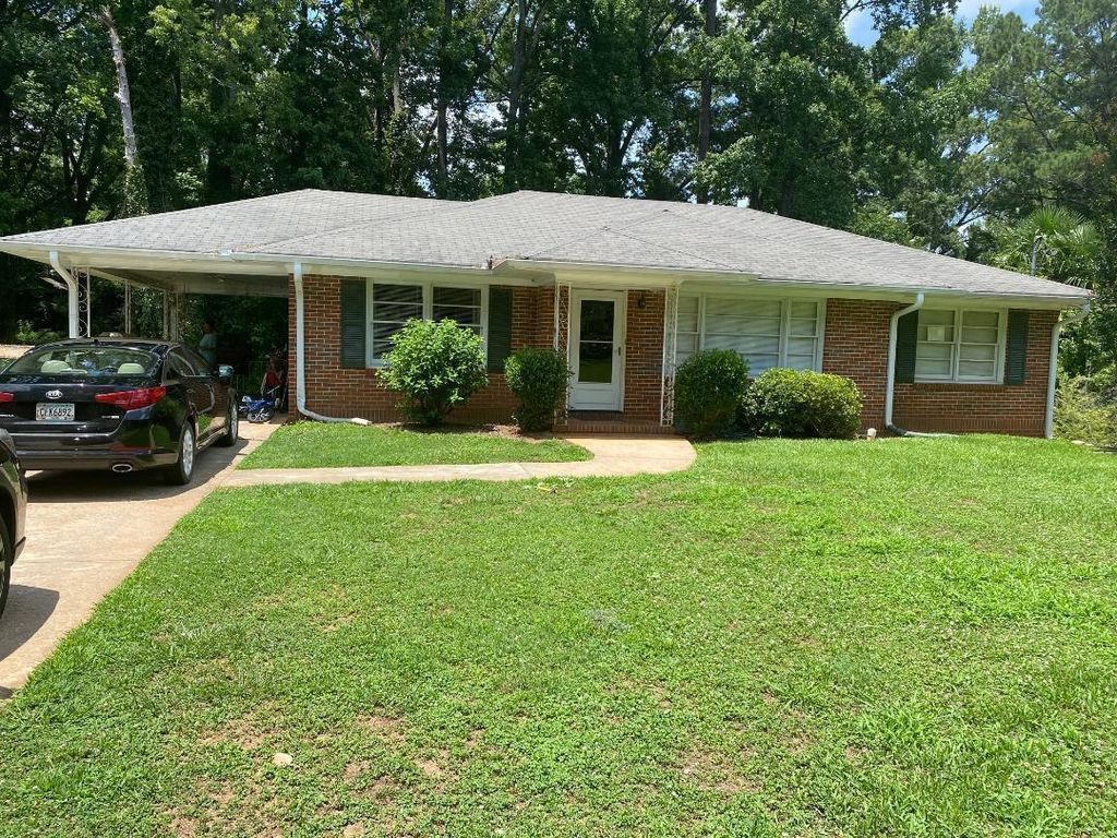 709 Forrest Ave, Griffin, GA 30224