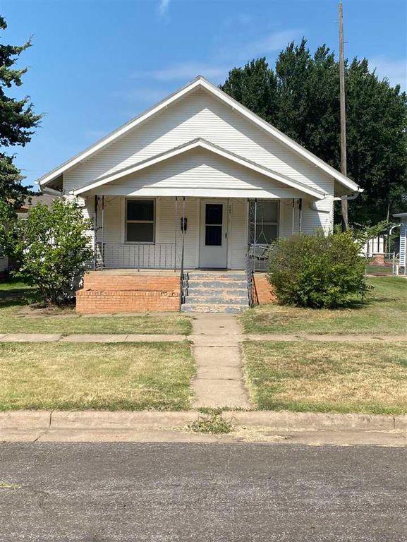 205 N Iuka St, Pratt, KS 67124