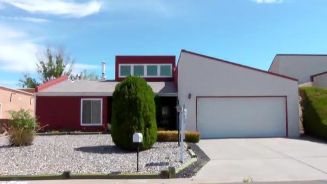2911 Golfers Ln SE, Rio Rancho, NM 87124