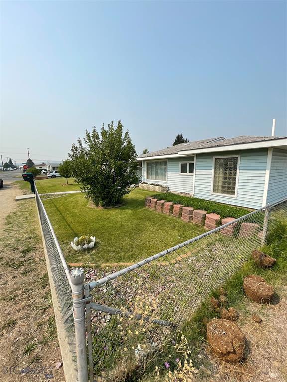 3250 Paxson Ave, Butte, MT 59701