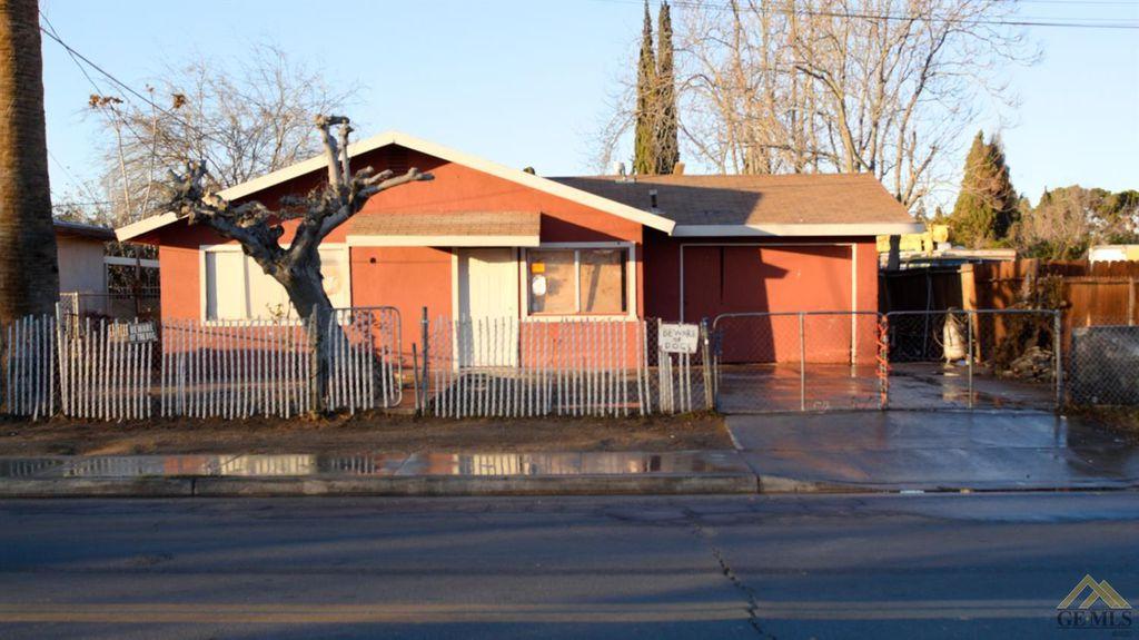 522 E 4th St, Bakersfield, CA 93307