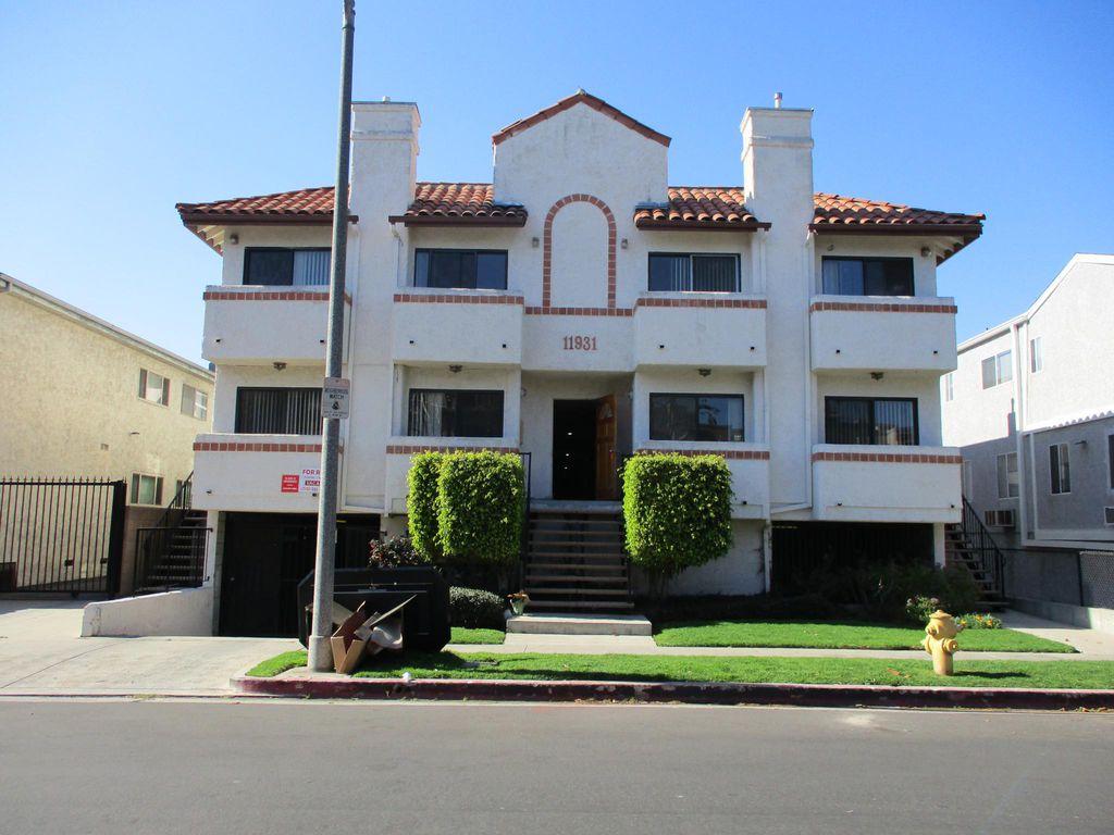 11931 Avon Way, Los Angeles, CA 90066
