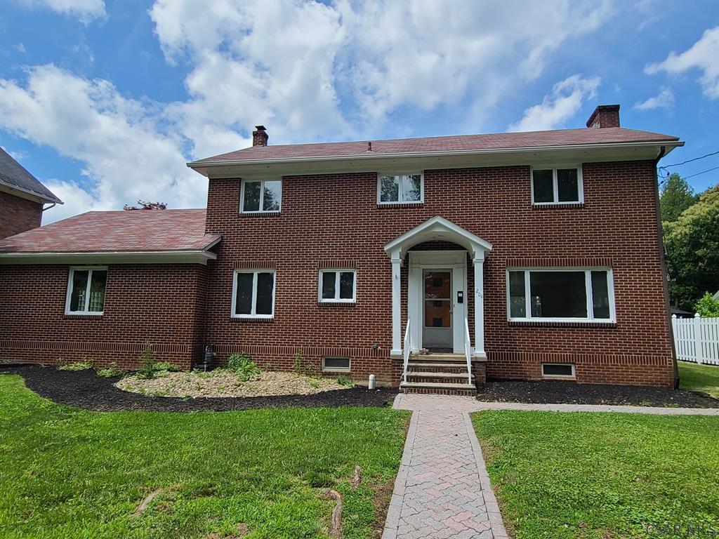 204 Palliser St, Johnstown, PA 15905
