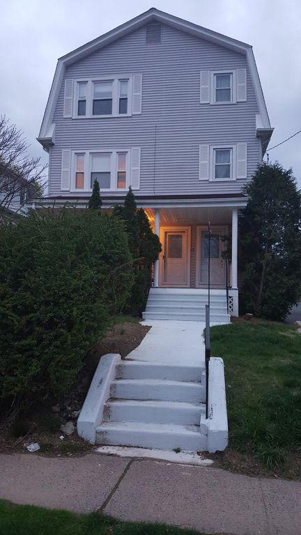 15 Kingston St #2, West Hartford, CT 06119