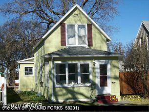 516 Oak St, Grand Forks, ND 58201
