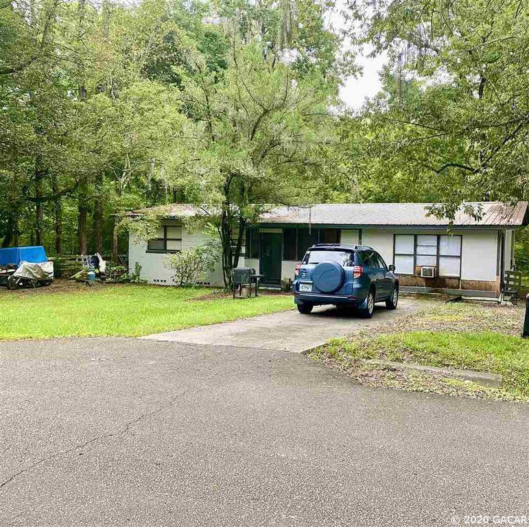 3829 SW 37th St #A-B, Gainesville, FL 32608