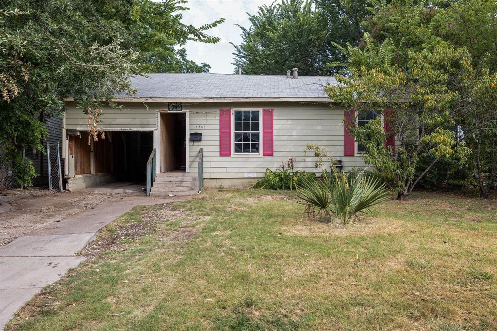 4304 Lisbon St, Fort Worth, TX 76107