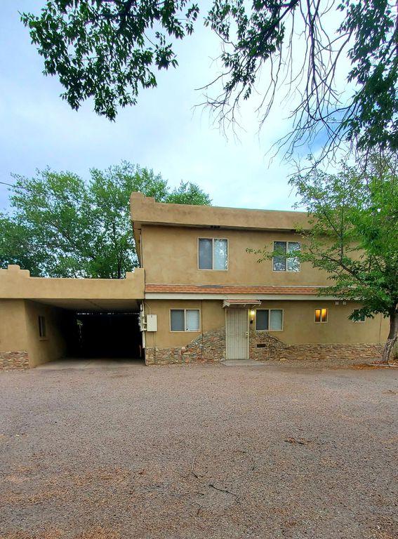2520 Duranes Rd NW #C, Albuquerque, NM 87104