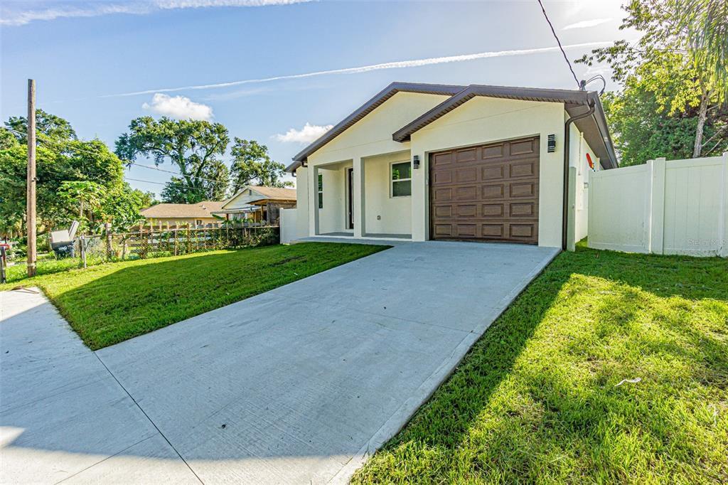 8509 N Semmes St, Tampa, FL 33604