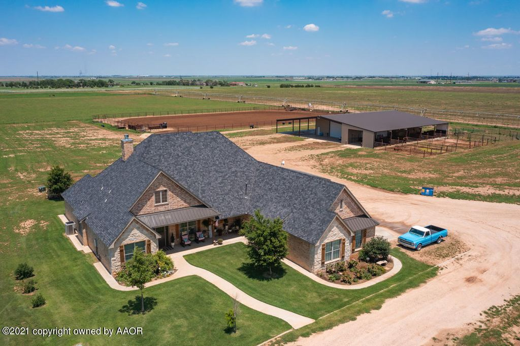3748 County Rd, Hereford, TX 79045