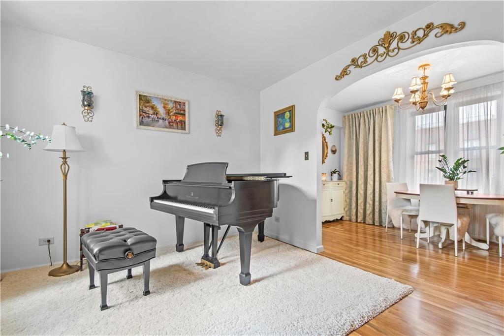 2547 West 2nd Street #5B, Brooklyn, NY 11223