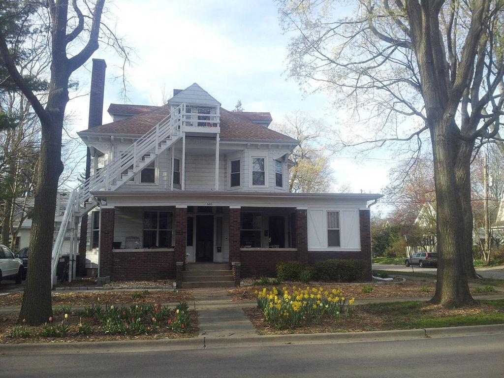 502 W Illinois St #4, Urbana, IL 61801
