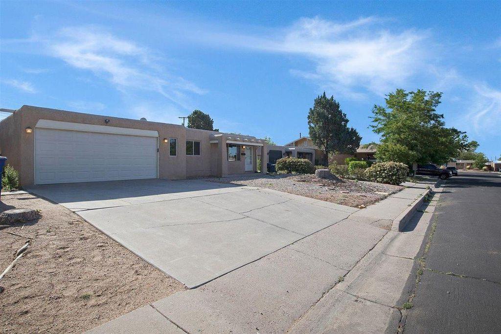 2514 Carol St NE, Albuquerque, NM 87112