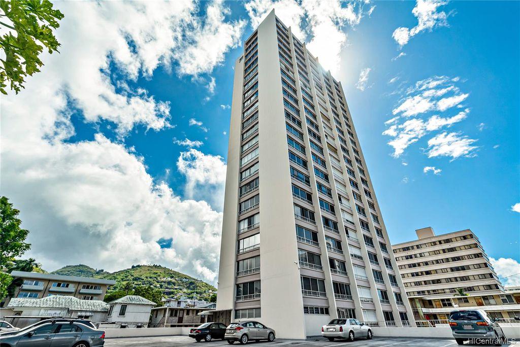 1310 Heulu St #201, Honolulu, HI 96822