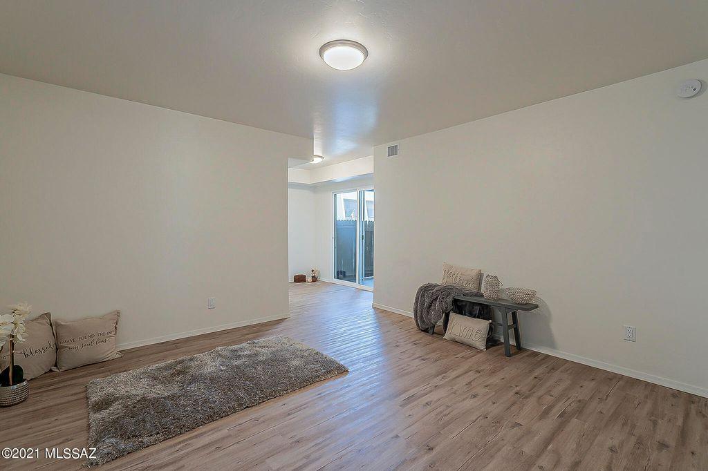 1620 N Wilmot Rd #E147, Tucson, AZ 85712