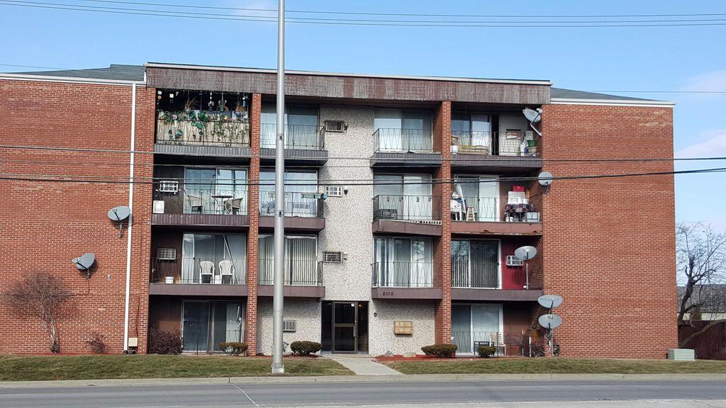 8100 W 87th St #4F, Hickory Hills, IL 60457