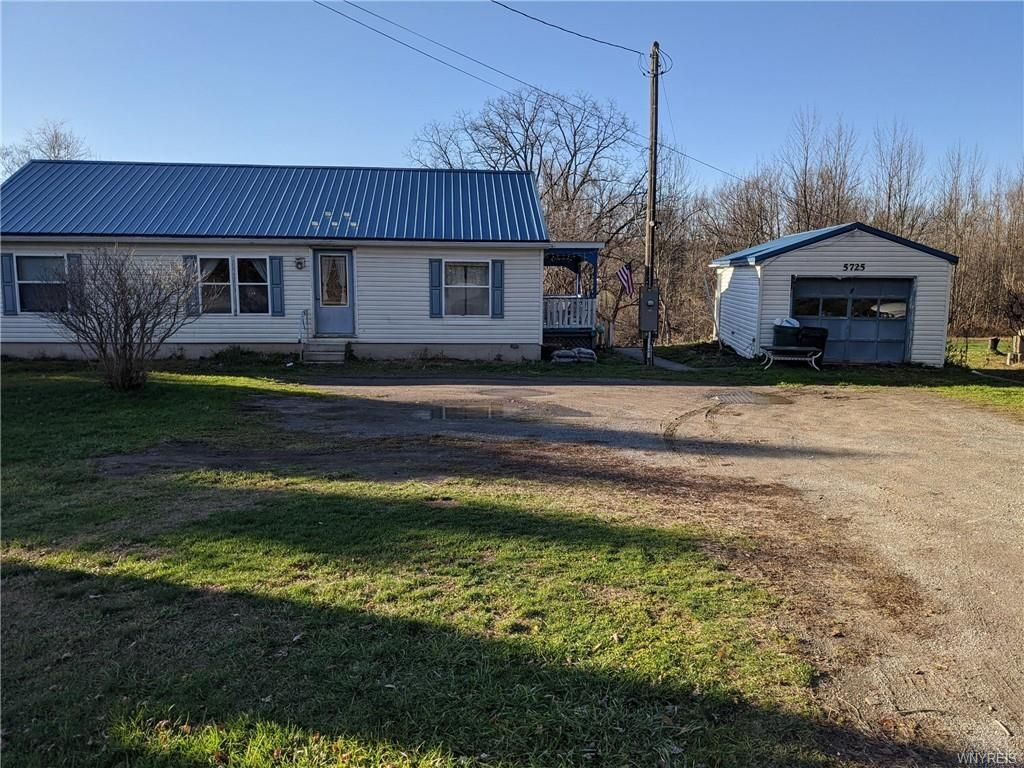5725 State Route 39, Castile, NY 14427