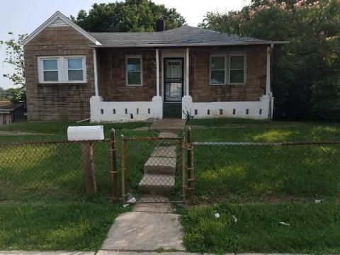 5209 Addison Rd, Capitol Heights, MD 20743