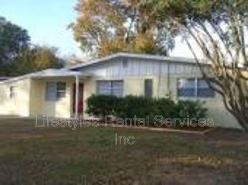 6715 Miller St, Jacksonville, FL 32210