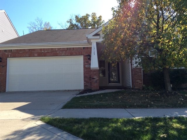 13125 S Elster Way, Fishers, IN 46037