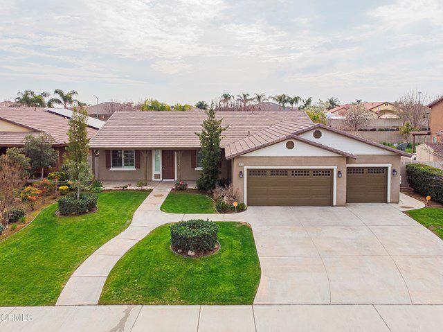 10123 Fenwick Island Dr, Bakersfield, CA 93314