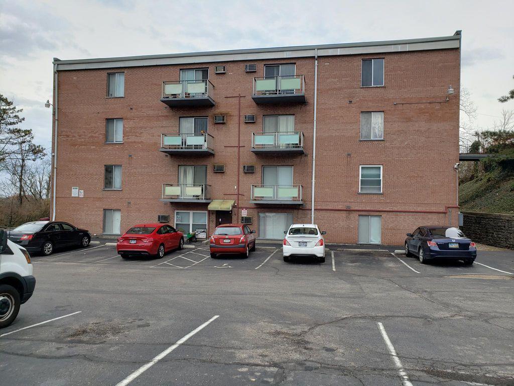 5400 Hamilton Ave #405, Cincinnati, OH 45224