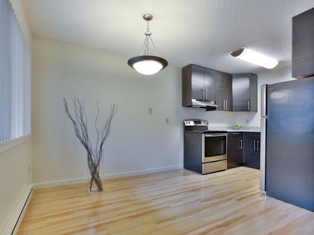 373 NE 162nd Ave, Portland, OR 97230