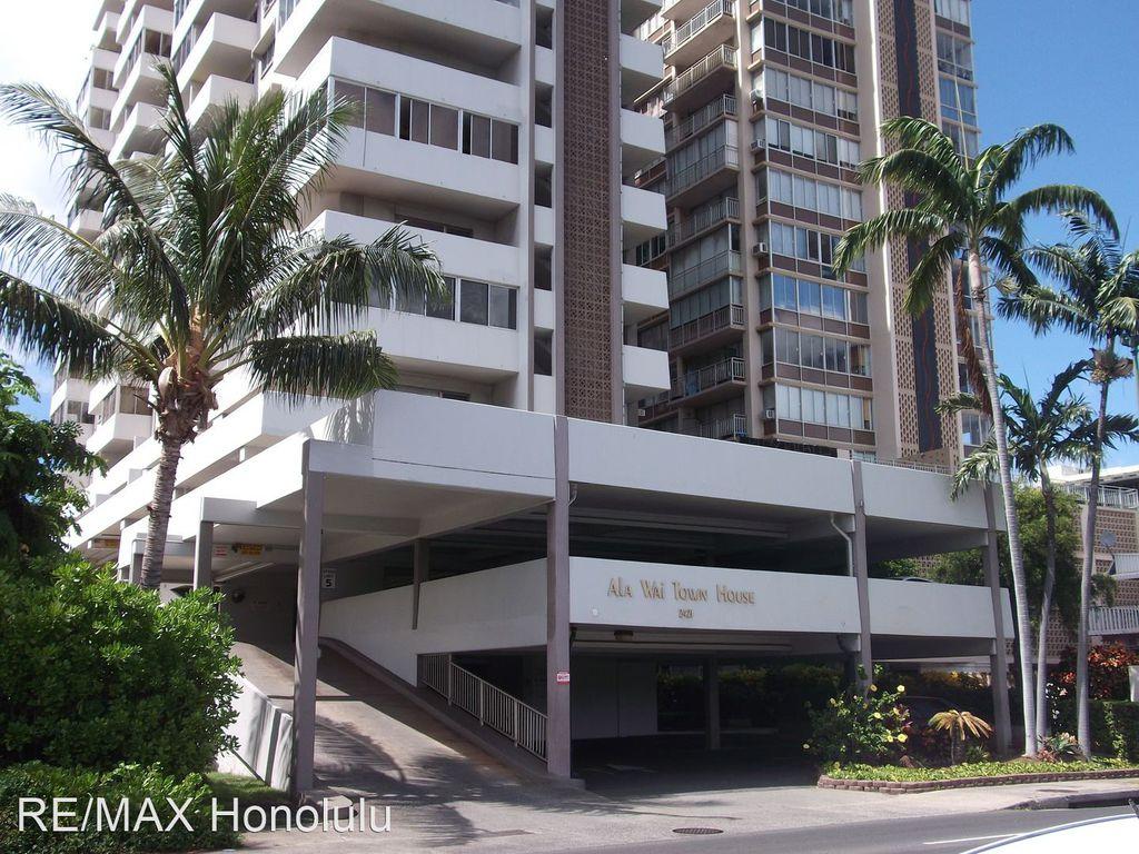 2421 Ala Wai Blvd #802, Honolulu, HI 96815