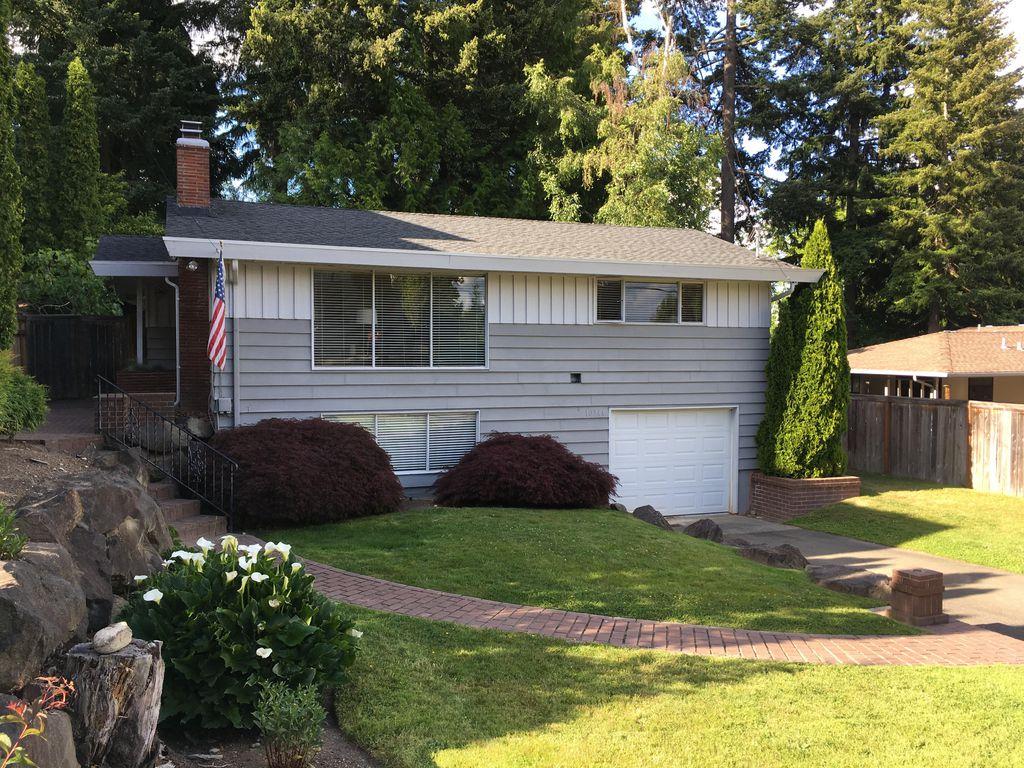 10214 NE 21st Pl, Bellevue, WA 98004
