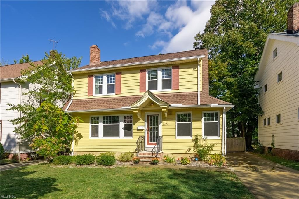3273 E Overlook Rd, Cleveland Heights, OH 44118