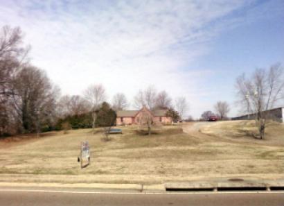 4578 Goodman Rd, Horn Lake, MS 38637