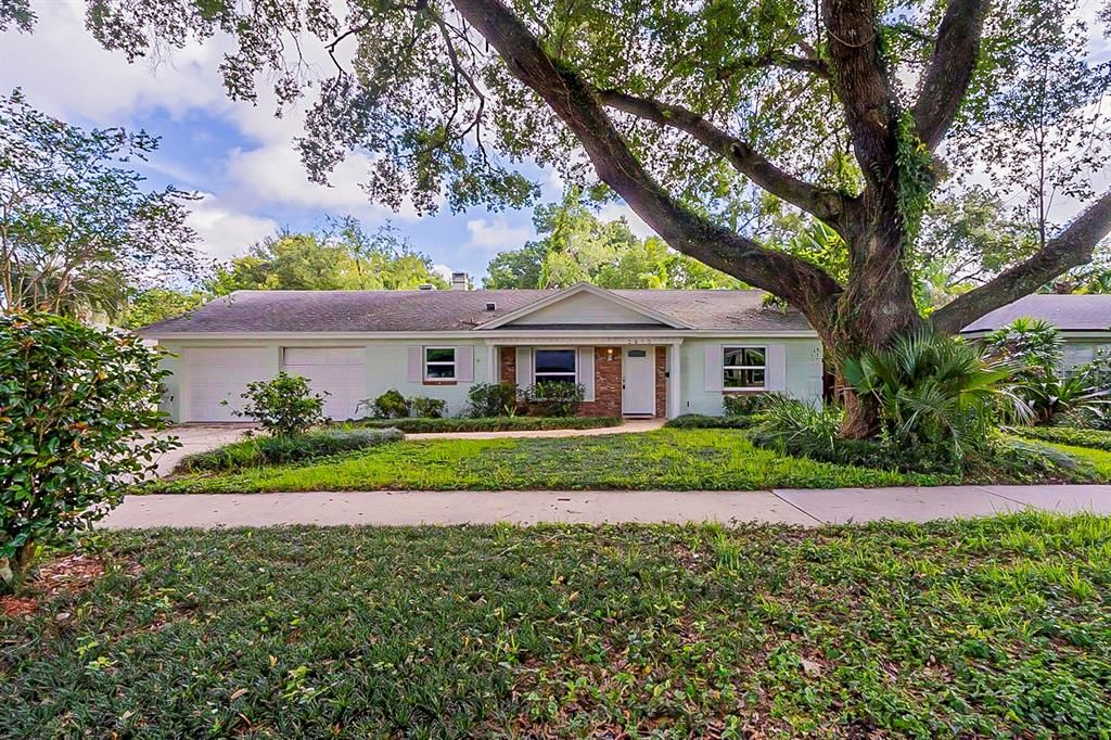 2613 Vine St, Orlando, FL 32806