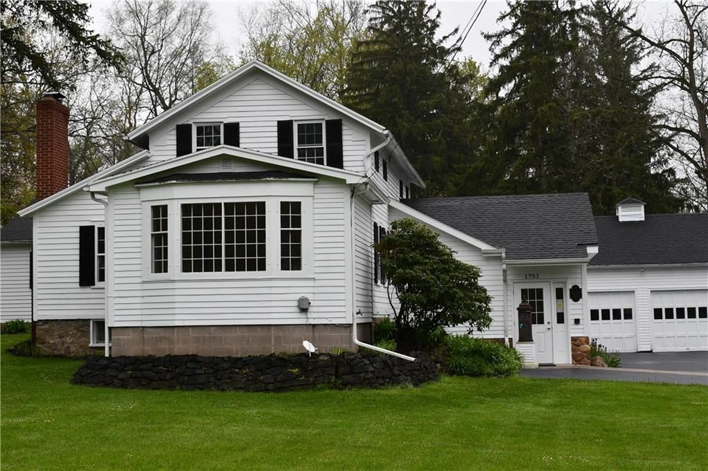 1751 Penfield Rd, Penfield, NY 14526