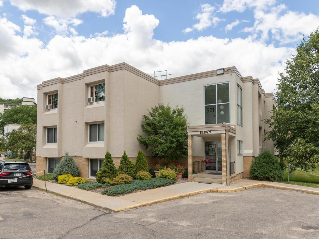 521 19th St NW #38, Rochester, MN 55901