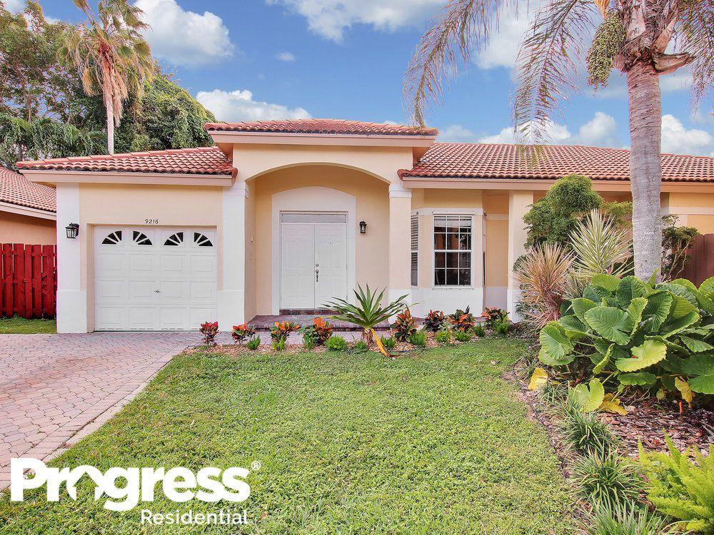 9216 SW 213th Ln, Miami, FL 33189