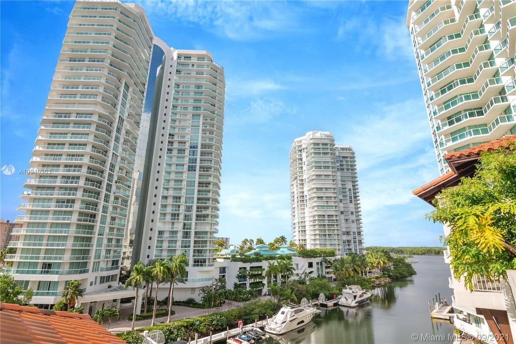 150 Sunny Isles Blvd #1-504, Sunny Isles Beach, FL 33160