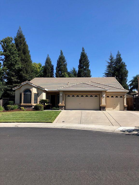 420 Caldarella Cir, Roseville, CA 95678