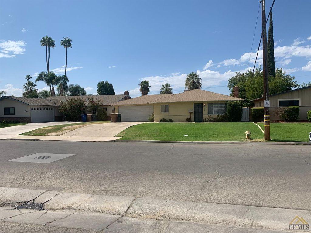3155 Jade Ave, Bakersfield, CA 93306