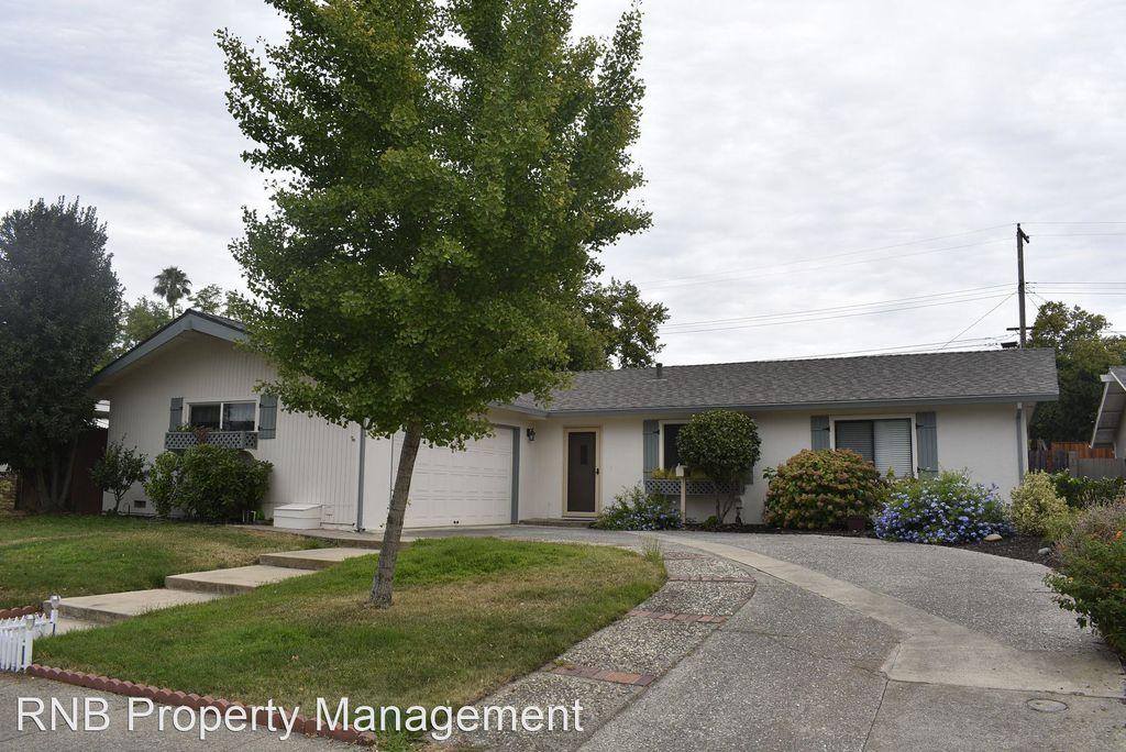2012 Polley Dr, Roseville, CA 95661