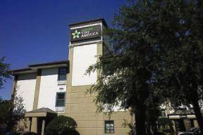 1760 Pembrook Dr, Orlando, FL 32810