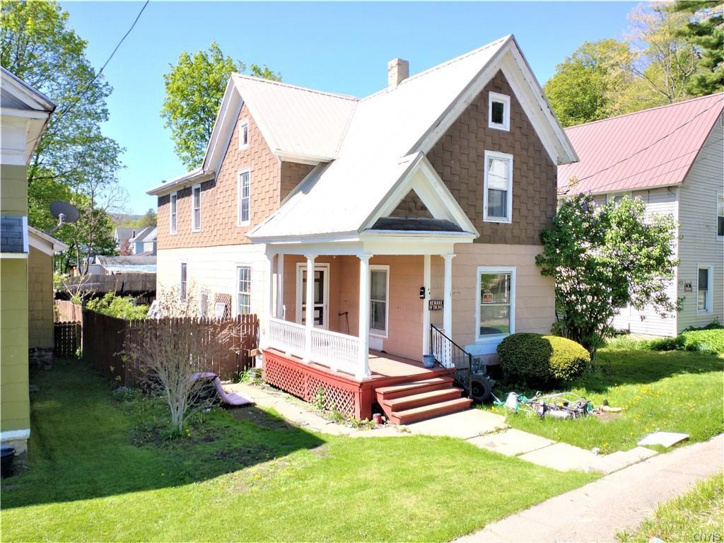 43 Grove St, Ilion, NY 13357