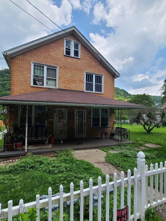 1329/31 Hope St, Johnstown, PA 15902