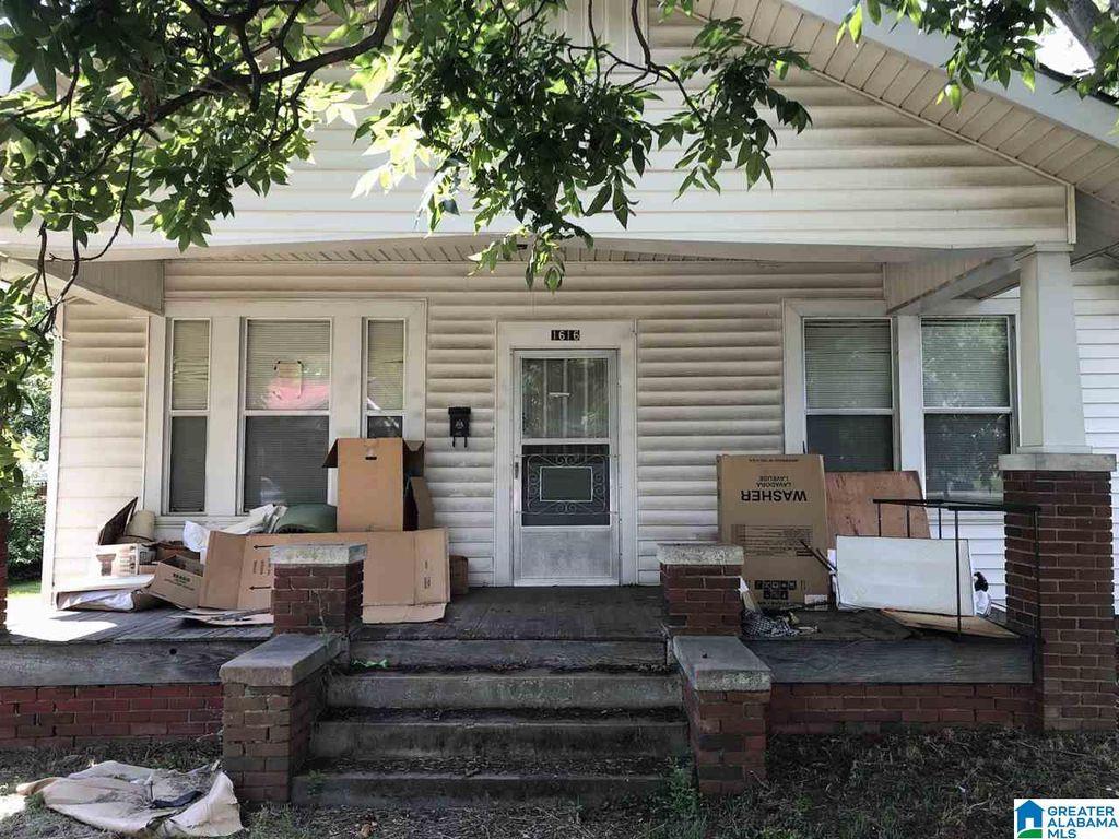 1616 Rocky Hollow Rd, Anniston, AL 36207