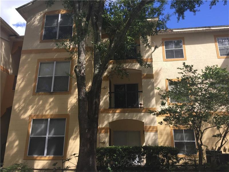 5606 Pinnacle Heights Cir #305, Tampa, FL 33624