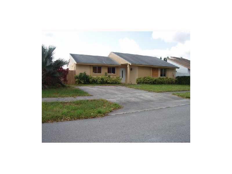 12340 SW 207th Ter, Miami, FL 33177