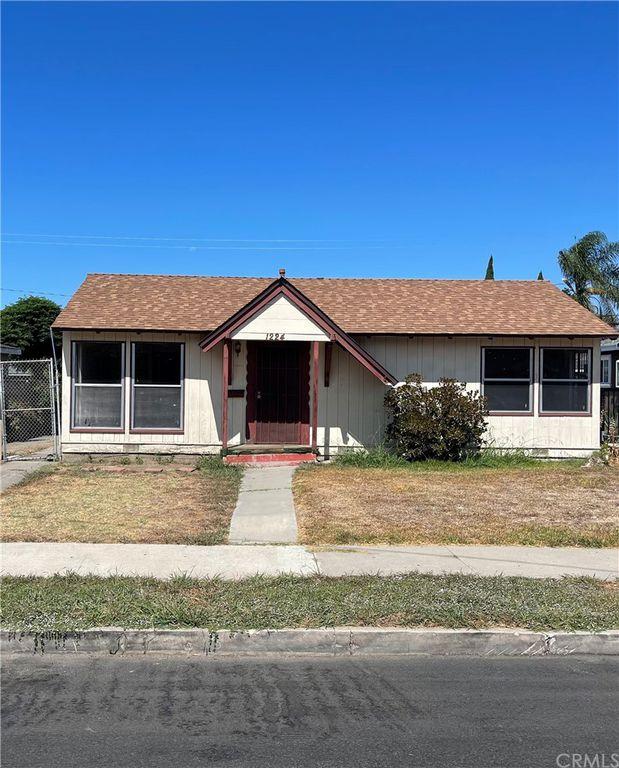 1224 S Shelton St, Santa Ana, CA 92707